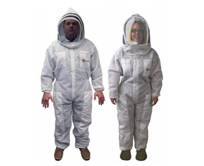protective beekeeping suits by Dadant