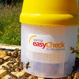 Varroa EasyCheck on bee hive from Dadant & Sons